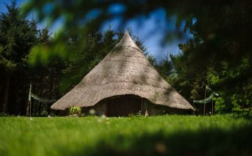 Celtic Roundhouse at Bodrifty Farm, West Cornwall available for short breaks complete with fire bowl and separate Treehouse Kitchen/bathroom.